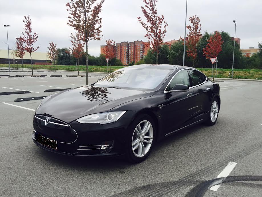Tesla_1